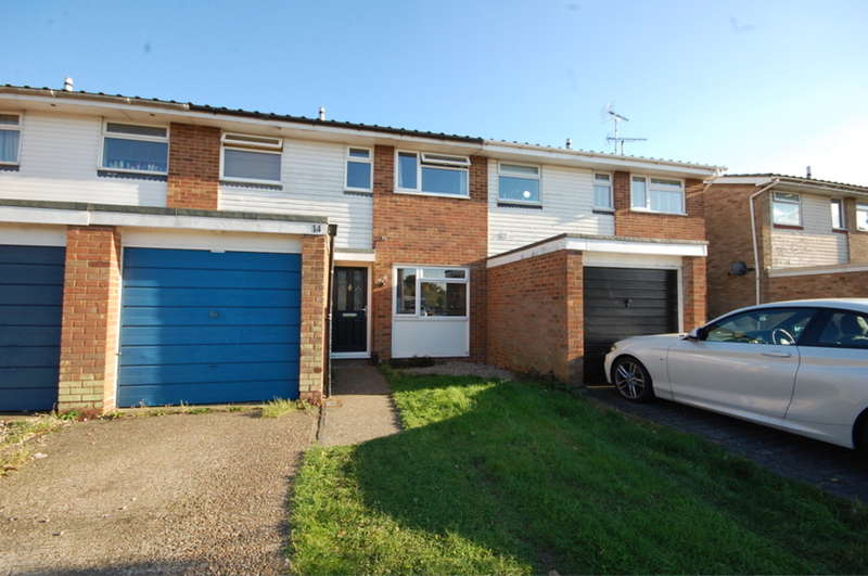 3 Bedrooms Terraced House for sale in Havengore, Springfield, Chelmsford, CM1