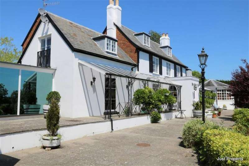 6 Bedrooms Detached House for sale in Campkin Gardens, St Leonards On Sea