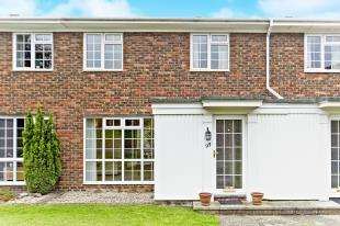 3 Bedrooms Terraced House for sale in Ridge Langley, Sanderstead, South Croydon