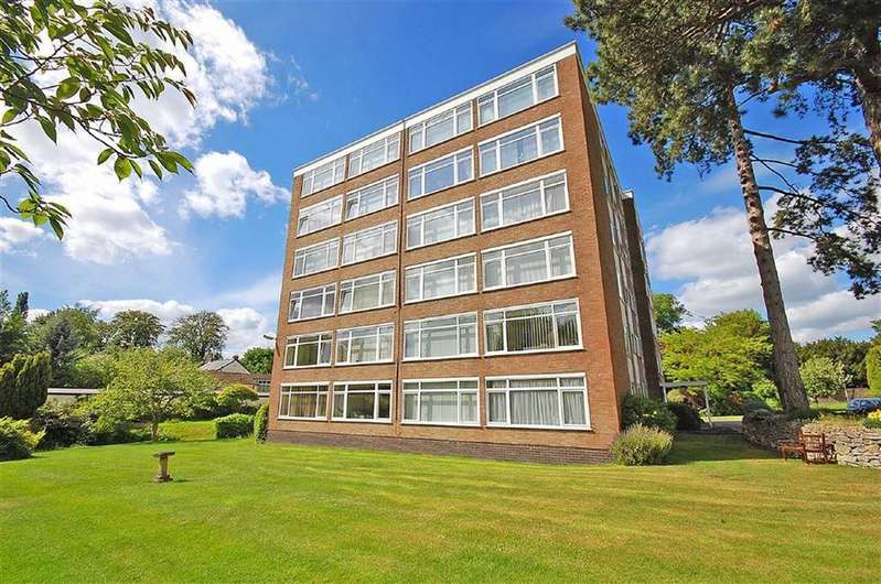1 Bedroom Flat for sale in Moorend Road, Charlton Kings, Cheltenham, GL53