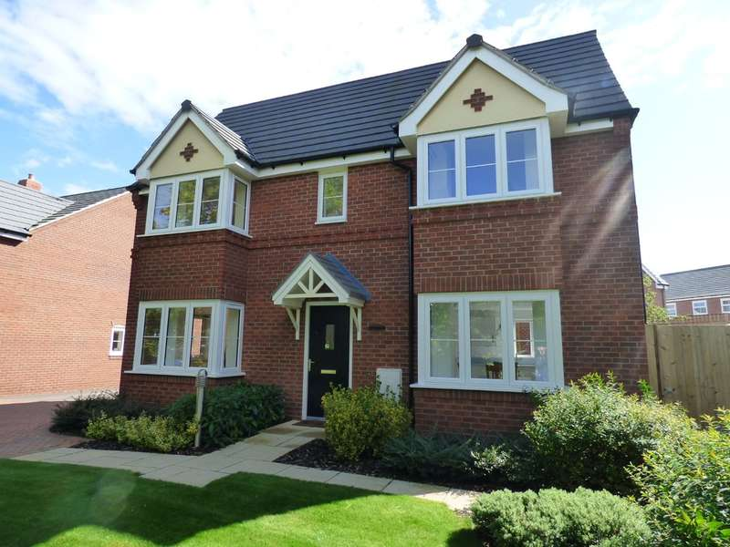 3 Bedrooms Detached House for sale in Poplar Way, Whitnash
