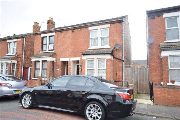 3 Bedrooms Semi Detached House for sale in Hatherley Road, GL1 4PN
