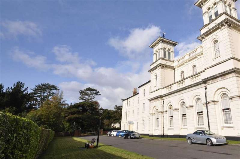 5 Bedrooms Apartment Flat for sale in Royal Victoria Country Park