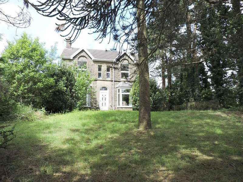4 Bedrooms Detached House for sale in Twynybedw Road, Clydach