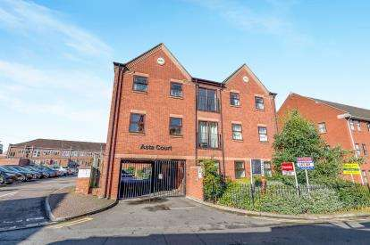1 Bedroom Flat for sale in Asta Court, Chestnut Field, Rugby, Warwickshire