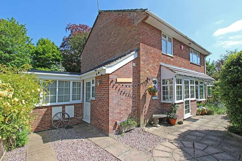 5 Bedrooms Detached House for sale in Waters Green Court, Brockenhurst