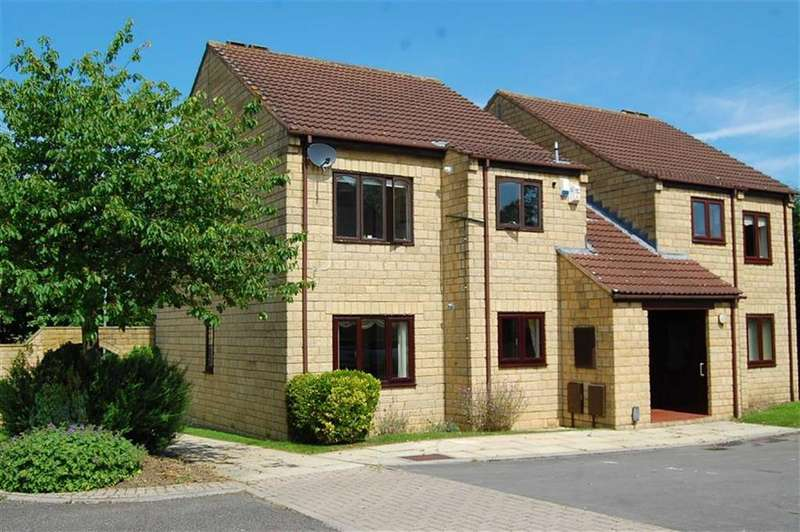 2 Bedrooms Apartment Flat for sale in Millgarth Court, Collingham, LS22
