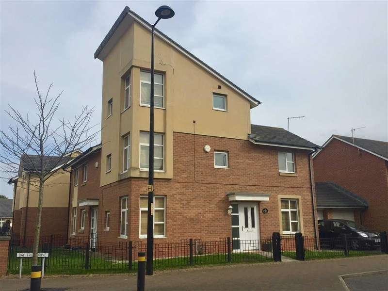 4 Bedrooms Semi Detached House for sale in Lynwood Way, South Shields