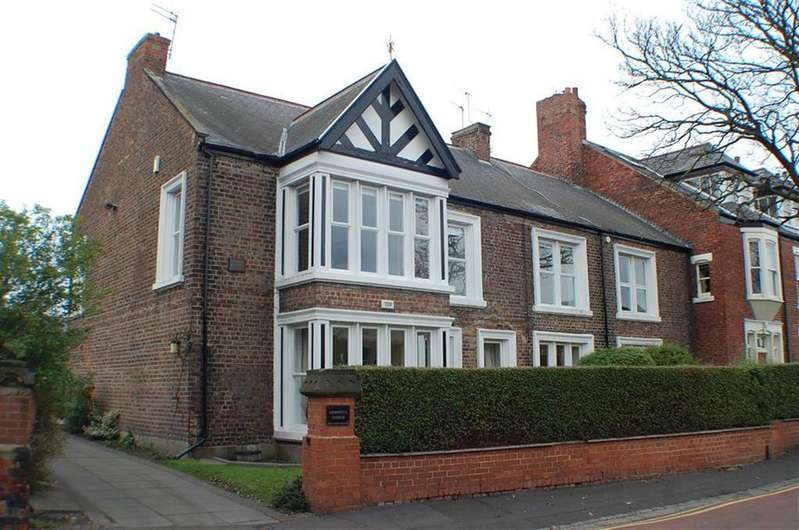 2 Bedrooms Flat for sale in Derwent Lodge, South Shields, South Shields