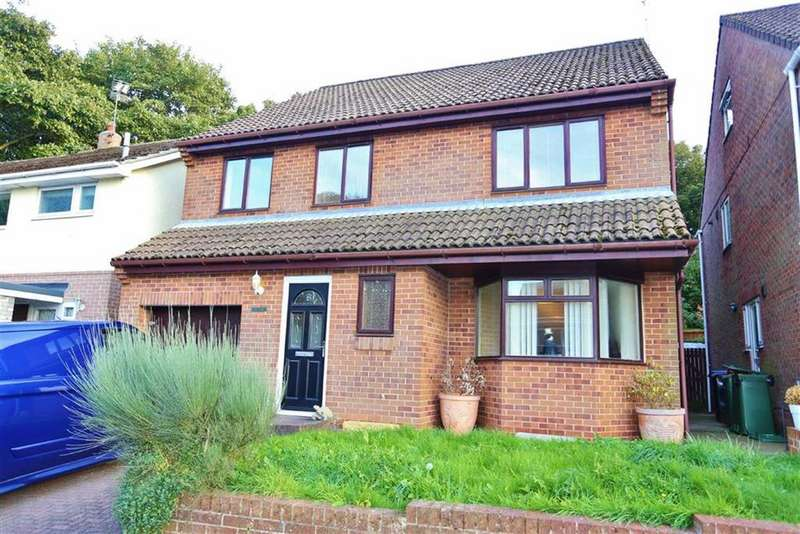 6 Bedrooms Detached House for sale in Hall Close, Seaton, Seaham, SR7