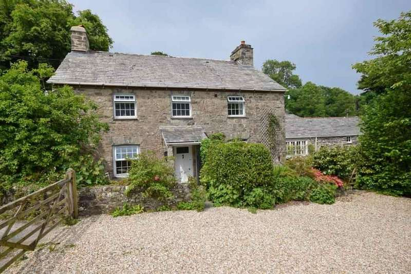 5 Bedrooms Detached House for sale in Polyphant, Launceston, Cornwall, PL15