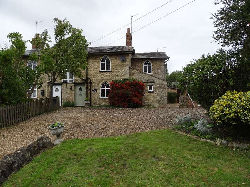 3 Bedrooms Cottage House for sale in WATER LANE, SHERINGTON