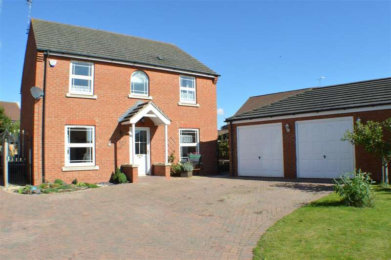 4 Bedrooms Detached House for sale in Monks Close, Sleaford