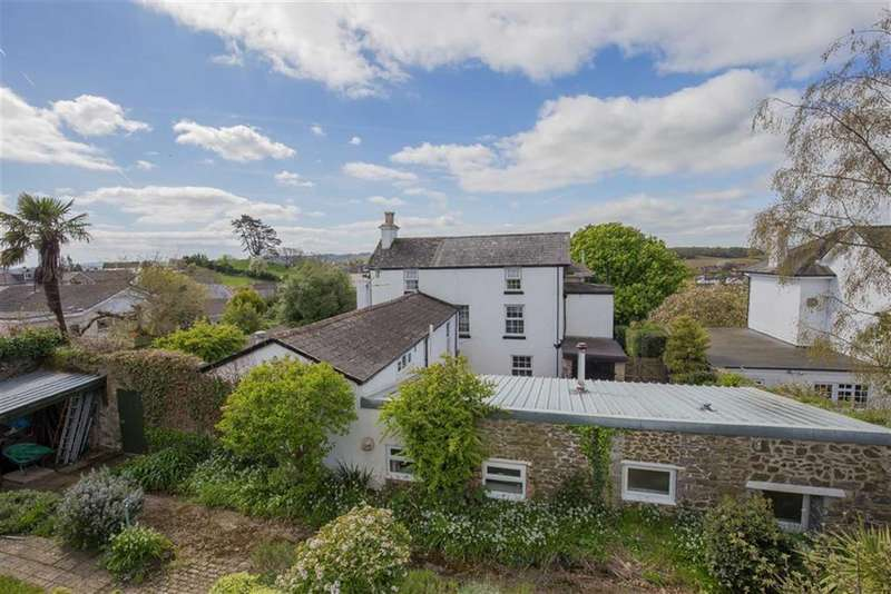 5 Bedrooms Semi Detached House for sale in Highweek Village, Highweek Village, Devon, TQ12
