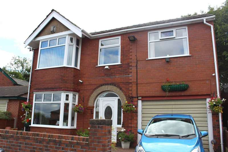 4 Bedrooms Detached House for sale in Knowsley Road, Bolton