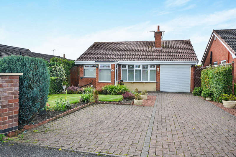 3 Bedrooms Detached Bungalow for sale in Hilltop Road, Pinxton, Nottingham, NG16