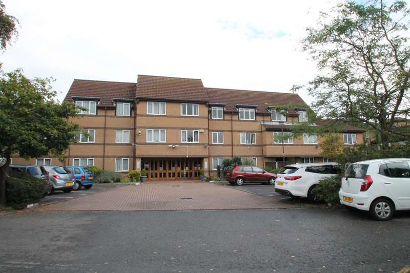 1 Bedroom Apartment Flat for sale in LIMEWOOD COURT, BEEHIVE LANE, REDBRIDGE