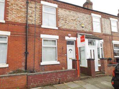 2 Bedrooms Terraced House for sale in Brooks Avenue, Hazel Grove, Stockport, Cheshire