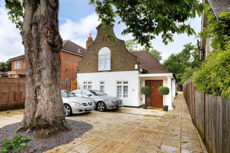4 Bedrooms Detached House for sale in Kingston Vale, Kingston Vale, London, SW15