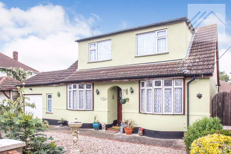 3 Bedrooms Bungalow for sale in Ash Road, Canvey Island - HOME WITH FAMILY IN MIND