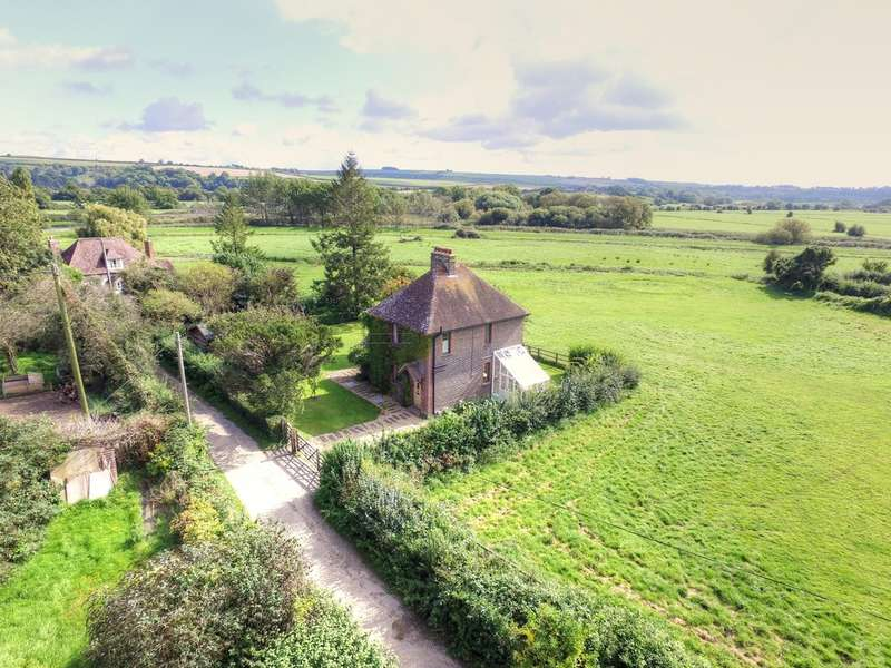 3 Bedrooms Detached House for sale in South Stoke, Arundel