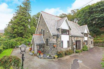 3 Bedrooms Detached House for sale in Capel Curig, Betws-Y-Coed, Conwy, LL24
