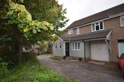 4 Bedrooms Semi Detached House for sale in South Woodham Ferrers, Chelmsford, Essex