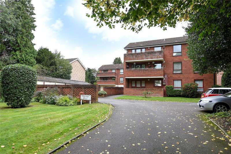 2 Bedrooms Apartment Flat for sale in Churchill Court, 21 Green Lane, Northwood, Middlesex, HA6