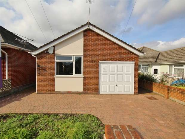 2 Bedrooms Detached Bungalow for sale in Beresford Road, Parkstone, POOLE, Dorset