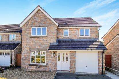 4 Bedrooms Detached House for sale in Trewoon, St. Austell, Cornwall