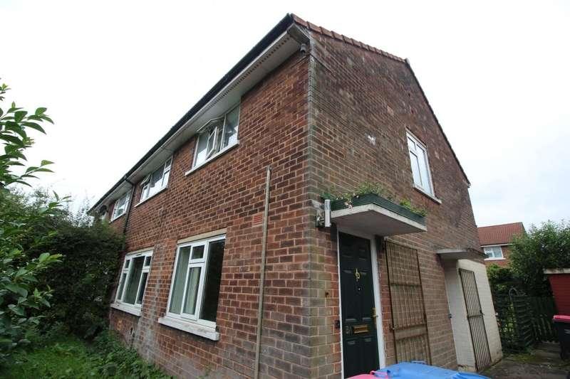 2 Bedrooms Flat for sale in Ellesmere Street, Little Hulton, Manchester, M38