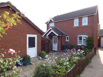 3 Bedrooms Detached House for sale in Plas Tudno, Penrhyn Bay, Llandundo, Conwy, LL30