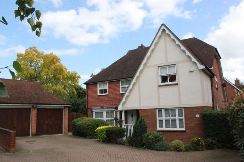 5 Bedrooms Detached House for sale in Harts Grove, Woodford Green