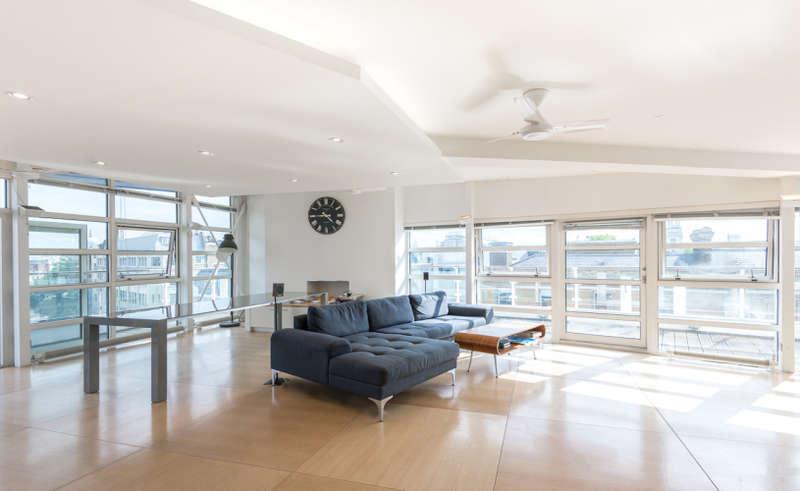 3 Bedrooms Apartment Flat for rent in St. John Street, Clerkenwell, EC1