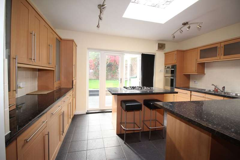 3 Bedrooms Property for sale in Hartburn Village, Stockton-On-Tees, TS18