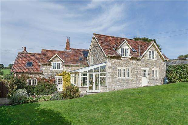 5 Bedrooms Detached House for sale in Thingley, Corsham, SN13 9QL