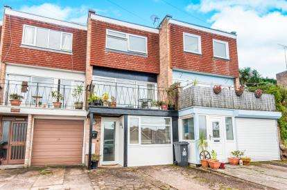 2 Bedrooms Terraced House for sale in Exmouth, Devon, .