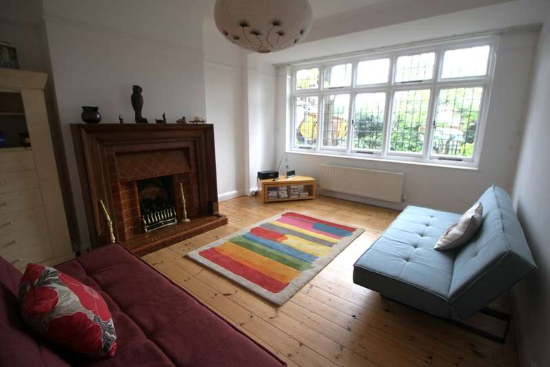 3 Bedrooms Semi Detached House for sale in Cedar Road, Bromley