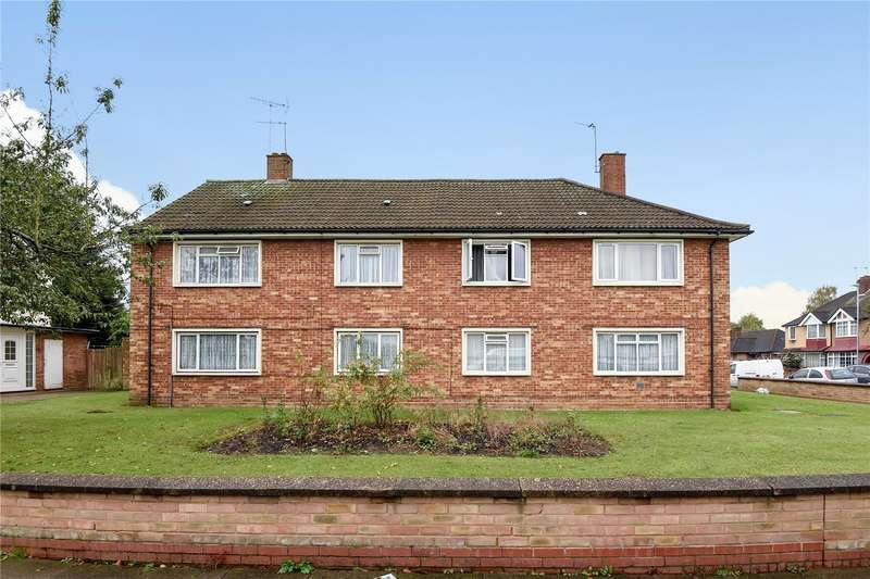 2 Bedrooms Maisonette Flat for sale in Jubilee Drive, South Ruislip, Middlesex, HA4