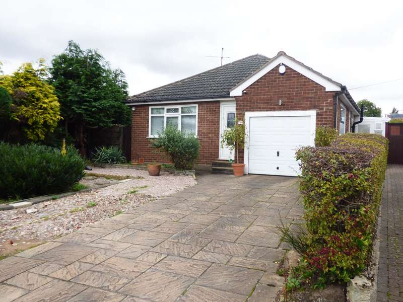 2 Bedrooms Detached Bungalow for sale in Cromar Road, Hazel Grove, Stockport