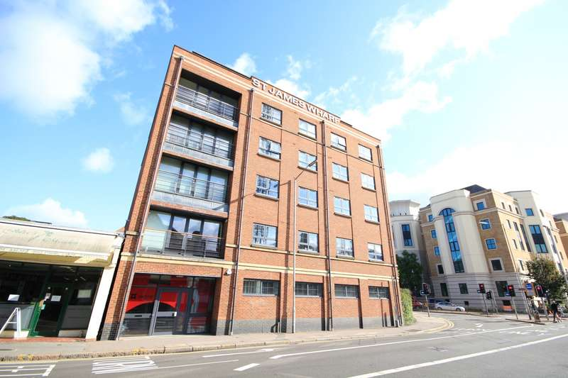 2 Bedrooms Apartment Flat for sale in St. James Wharf, Forbury Road, Reading, RG1