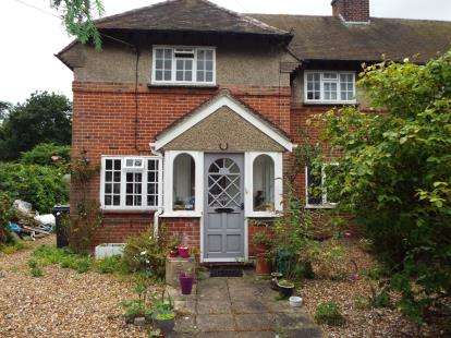 3 Bedrooms Semi Detached House for sale in Thorpe-Le-Soken, Clacton-On-Sea, Essex