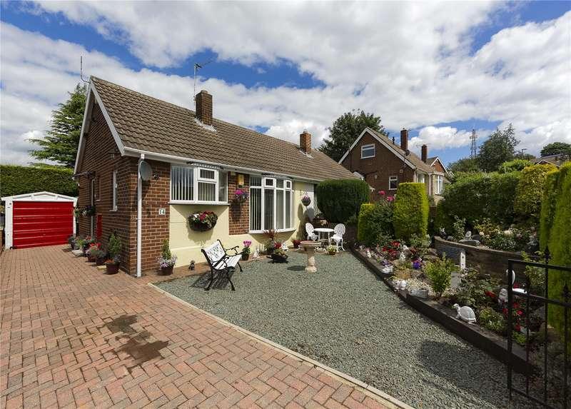 1 Bedroom Semi Detached Bungalow for sale in Beecroft Close, Leeds, West Yorkshire, LS13