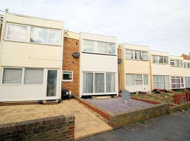 2 Bedrooms House for sale in Steyne Court, Pelham Road, Seaford, BN25