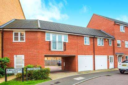2 Bedrooms Flat for sale in Dodd Road, Watford, Hertfordshire