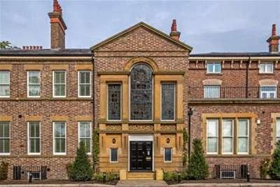 2 Bedrooms Flat for rent in Alder Grange, Liverpool, L12