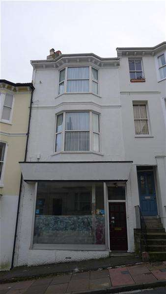 3 Bedrooms Maisonette Flat for rent in Guilford Road, Brighton