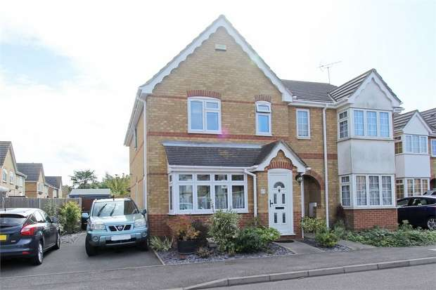 3 Bedrooms Semi Detached House for sale in Miller Close, Church Milton, Kent