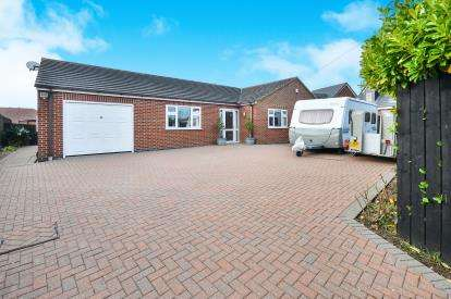 4 Bedrooms Bungalow for sale in Nesbitt Street, Sutton In Ashfield, Nottinghamshire, Notts