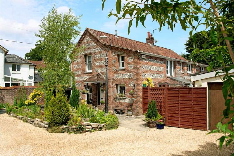 5 Bedrooms Detached House for sale in High Street, Sixpenny Handley, Salisbury, SP5